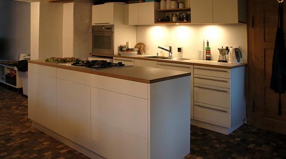linoleum weiß | steiger und lankes - Küche Zweizeilig