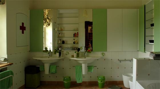 bad in gr n steiger und lankes. Black Bedroom Furniture Sets. Home Design Ideas